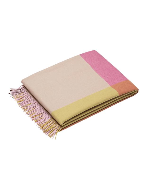 color-block-pink-beige-vitra