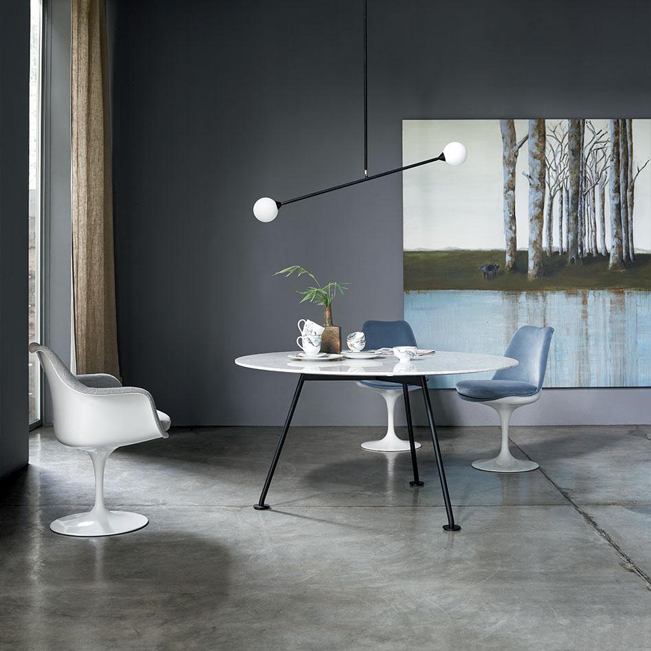 Visuel d'in intérieur avec la table Grasshopper de Piero Lissoni